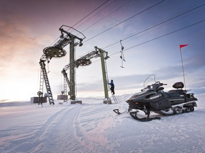 snowmobiles-rsviking-ski-slope-7115